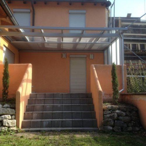 Terrassendach aus Aluminium mit Glaselementen