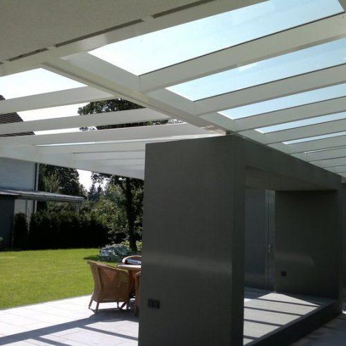 Terrassendach in moderner Optik