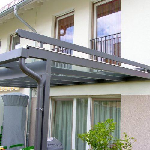 Terrassenüberdachung in der Nahaufnahme