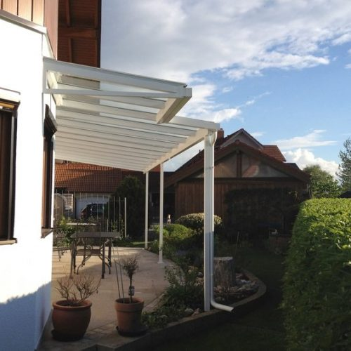 individuelle Terrassenüberdachung aus Aluminium