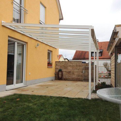 Terrassenüberdachung aus Aluminium