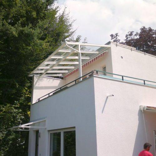 Terrassendach aus Aluminium, erster Stock