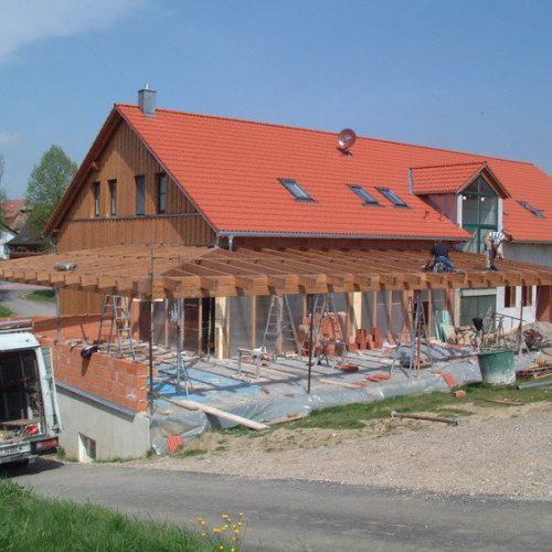 Wintergarten aus Holz im Bau